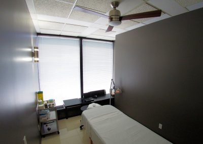 Acupuncture_Treatment_Room_-_Pacific_Wellness