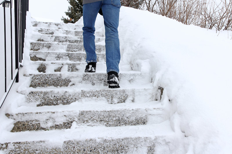 Risk of Falls for the Elderly During the Winter & Osteopathy
